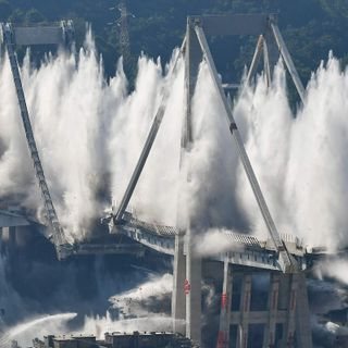 Ponticidio: la vicenda del Ponte Morandi.