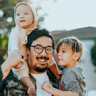 Adozioni, Iacobino: «Anche i single possono migliorare la vita ai bambini»