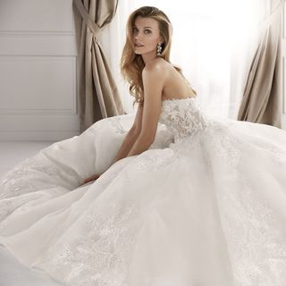 Wedding Dresses in Chicago