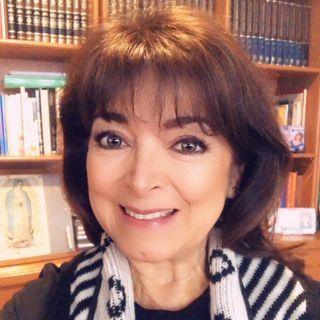 Loretta Valle con el tema:  ¿Por qué una mujer perdona al hombre que la maltrata?