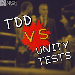 Qual é a diferença entre testes unitários e TDD?