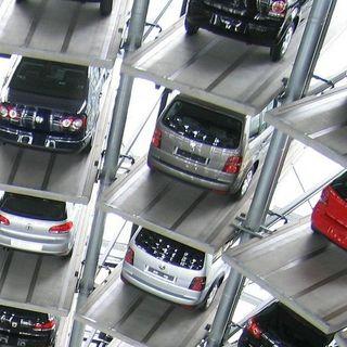 ¿Ayudas al coche eléctrico o a los fabricantes? | el charco#16