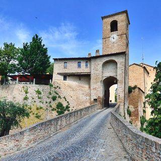 Montegrifoldo: un borgo sospeso tra tempo e spazio