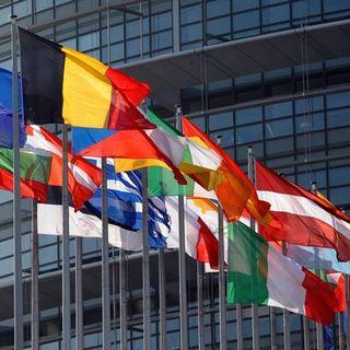 L'Unione Europea approva il Dpb dell'Italia, ma avverte sulla mancanza di coperture