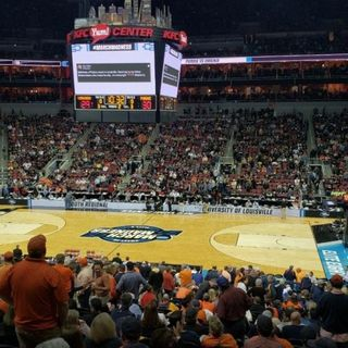 College Ball Show: Final Four Preview & Predictions! Sweet16/Elite8 Recap!