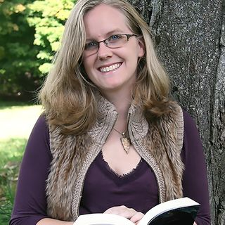 Book Taglines to Publishing Contracts: Great Advice for Authors With Marissa Frosch of Amphibian Press