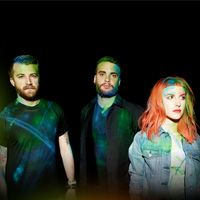 What Distracts Paramore When On Stage?