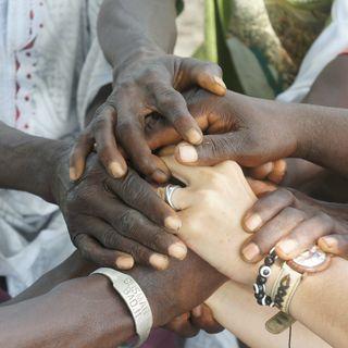 101. Hand in Hand nach Gambia - Im Gespräch mit Elke Kniphoff über Hilfe zur Selbsthilfe für ein kleines Land in Afrika