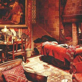 Soru & Cevap 1.Bölüm : Harry Potter Serisindeki En'lerimiz | Konum : Gryffindor Ortak Salonu