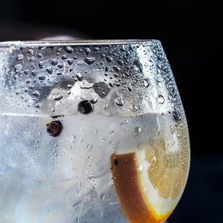 Ginebra - Los Destilados Ep. 2