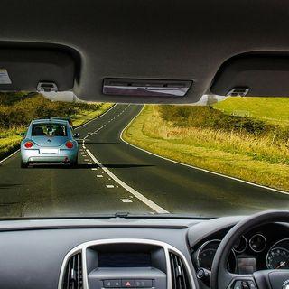 7. Conduir per l'esquerra
