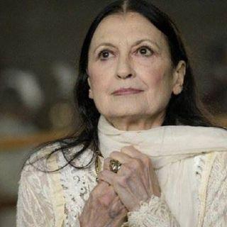 "E' morta Carla Fracci, l'""eterna fanciulla danzante"" si è spenta a Milano a 84 anni"