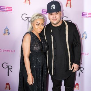 Rob Kardashian-Blac Chyna Custody Agmt, Chrissy Tiegen-John Legend not Splitting & Chicken Sashimi Freakout