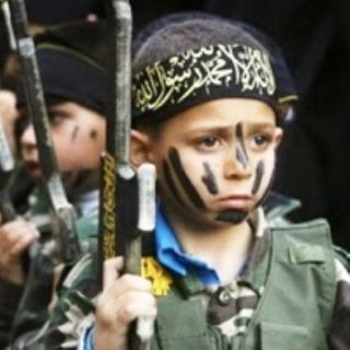 L'armata di bambini che l'Iislam usa per la guerra santa all'occidente