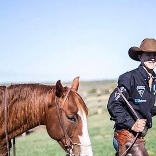 Episode 8 - Zeke Thurston 2016 PRCA World Champion Saddle Bronc Rider