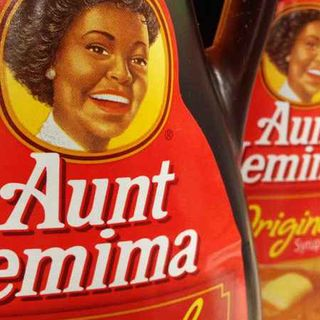 TONIGHT WE SAY GOODBYE to AUNT JEMIMA & HELLO TO MRS BUTTERWORTH JIMMY has NO SHIRT ON The COACH  talks about afternoon Delight