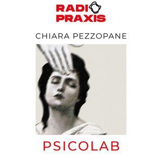 """PsicoLab: """"La regina degli scacchi"""", Un'analisi psicologica"""