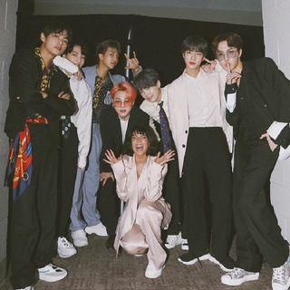 BTS (방탄소년단) - BOY WITH LUV (작은것들을위한시) feat. HALSEY.mp3