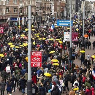 Manifestazioni in tutta Europa contro il regime sanitario