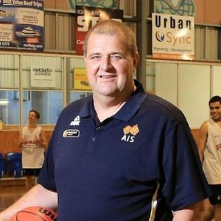 Hoops Excellence: Peter Lonergan
