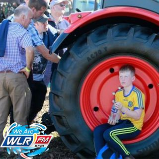 Kieran O Connor gives Geoff details from the National Ploughing Championships