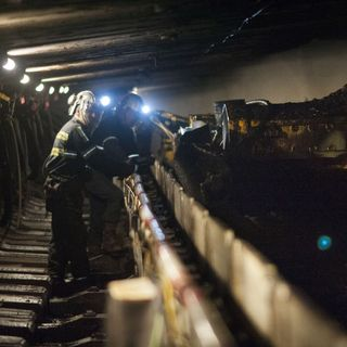 Cold War Radio - CWR#455 A New Coal Mine Is Opening To Fuel The US Steel Industry