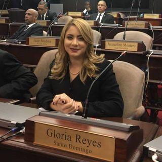 Gloria Reyes, una diputada que lucha por la cuota de la mujer y de la juventud