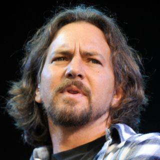 Break on Through di The Doors with Eddie Vedder