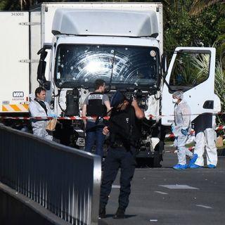 Testimonianza di un sopravvissuto all'attentato di Nizza - 15luglio2016