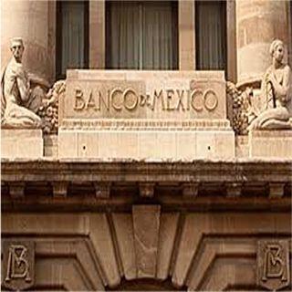 Urge Banxico a mejorar relación con calificadoras