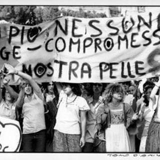 Corteo femminista a Roma (1977)