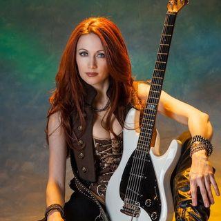 Gretchen Menn - guitarist