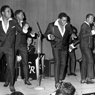 Four Tops _ I Just Can't Get You Out of My Mind (Oldies) - 8:26:20, 1.57 PM