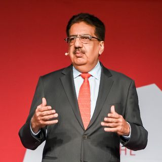 Employees First, Customers Second - Vineet Nayar, The HR Congress Podcast Ep. 11