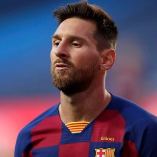 Calcio e mercato: Messi rompe con il Barcellona. L'Inter fa pace con Antonio Conte