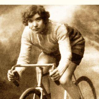 Tra biciclette, scalate in montagna e attivismo politico