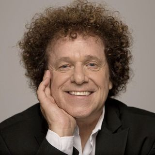 Leo Sayer is playing in Ireland