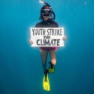 Protesta sott'acqua per il clima