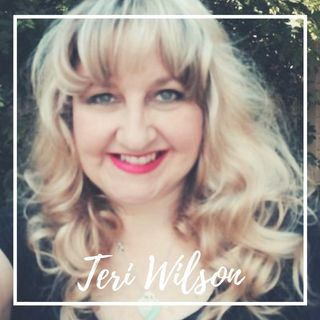 CHRISTMAS MUVIES SPOTLIGHT SPECIAL EDITION - SPECIAL GUEST - AUTHOR TERI WILSON