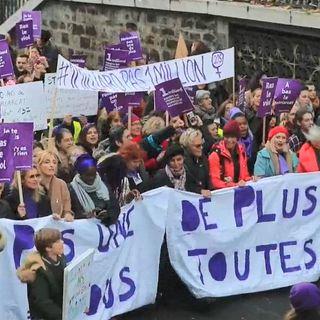 En Francia protestan contra la violencia de género