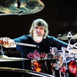 18 - Ray Luzier - Korn III: Remember Who You Are