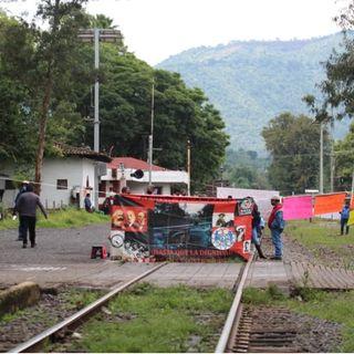 Continúan los bloqueos de la CNTE a vías del tren en Michoacán
