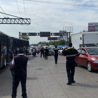 Continúa manifestación de policías federales en AICM