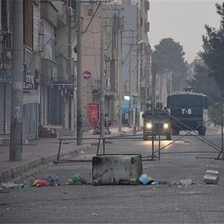 Oltre il Bosforo - Cizre, una città sotto assedio