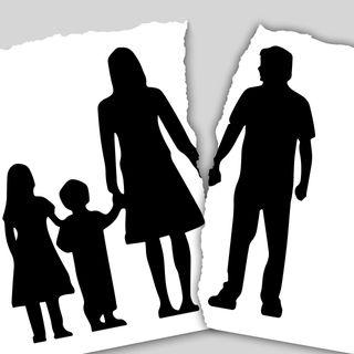 Jak funkcjonuje dziecko w sytuacji rozwodu rodziców?
