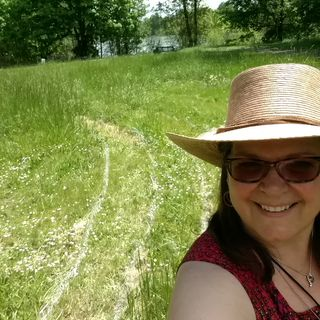 Going with the Flow Naturally with Traci Mc.Merritt