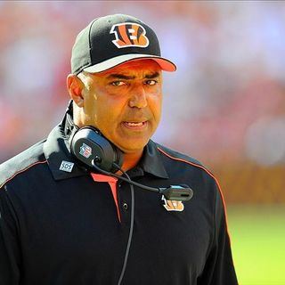 Locked on Bengals - 6/22/17 How long is Marvin Lewis' leash?