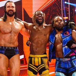 WWE Raw Review: Rollups, Distractions & Plot Holes ..Oh My!