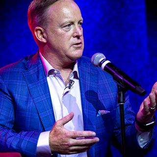 Sean Spicer Book Event In Seekonk Cancelled