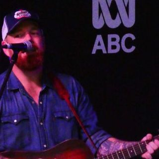 Andrew Swift performs live at the TCMF
